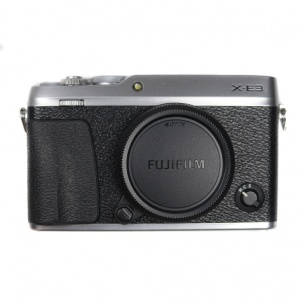 Used Fujifilm X-E3 Body + EF-X8 Flash