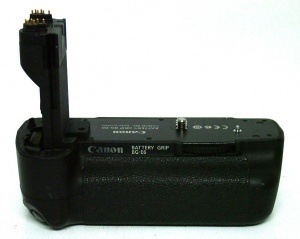 Used Canon BG-E6 Battery Grip