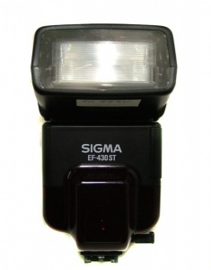USED SIGMA EF-430 ST FLASH FOR MINOLTA DYNAX FIT