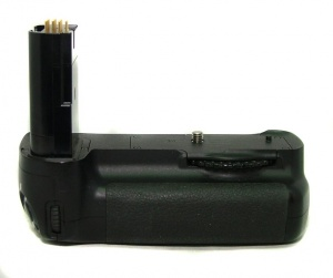 USED NIKON MB-D200 BATTERY PACK FOR NIKON D200