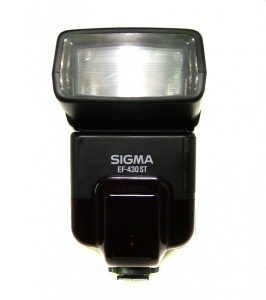 USED SIGMA EF-430 ST FLASH FOR CANON EOS (NOT DIGITAL)