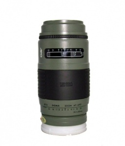 USED SIGMA 70-210MM F3.5-4.5 APO MINOLTA AF (NOT DIGITAL COMPATIBLE)