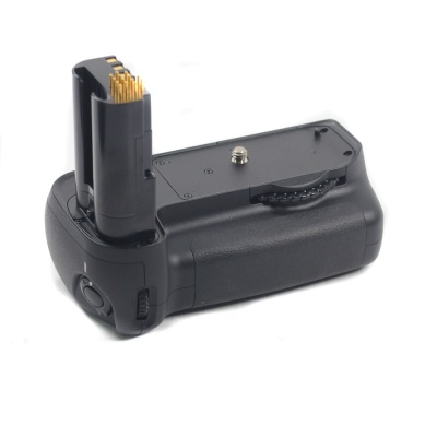 Used Nikon MB-D80 Battery Grip