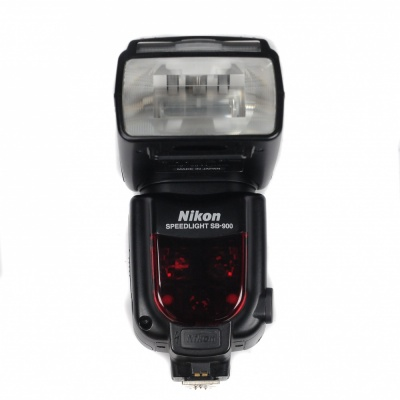 Used Nikon SB-900 Speedlight